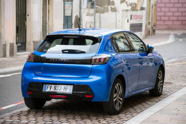 La fameuse citadine de Peugeot, elle figure parmi le top des ventes de voitures les plus vendues au premier semestre de 2021